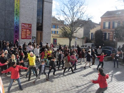 03 FlashMob BE